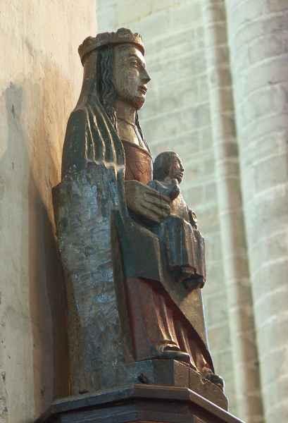 Abbaye de la chaise dieu for Chaise dieu danse macabre